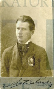Latinca Sándor portréja, PIL